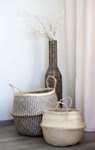 Körbe und Vase