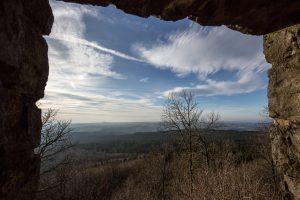 Höhle im Kakusfelsen